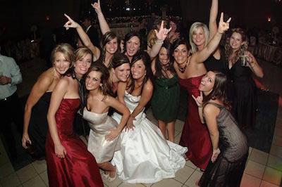 「高い」と感じるのはいくらから?結婚式二次会の会費設定のポイント