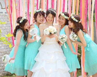 ブライズメイドで結婚式を盛り上げる!お揃いドレスアイデア