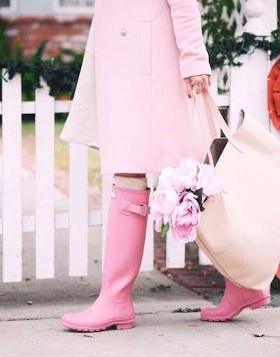雨の日の結婚式。ゲストの靴ってどんなの履いたらいいの?