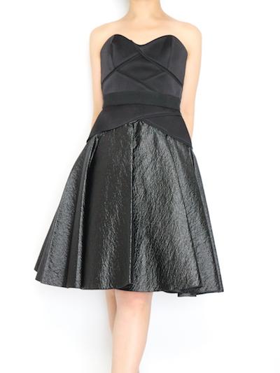 40代大人女性が今欲しいリトルブラックドレス