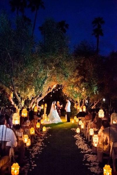 ナイトウェディング 夕方からの結婚式におすすめのゲストドレス