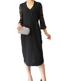 シンプルなブラックドレスをより華やかに着こなすコツは??