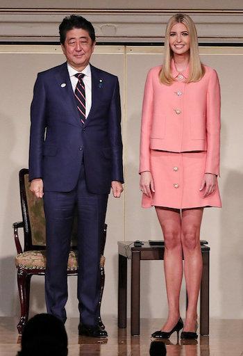 イヴァンカ・トランプのファッションに注目